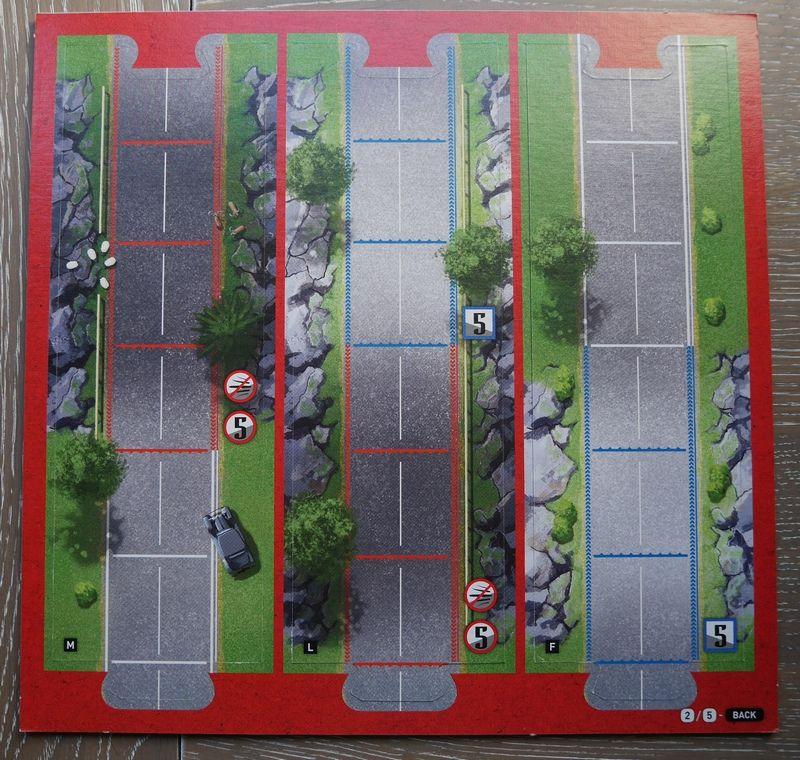 La planche N2 Face B : Des portions de routes avec des montées (bords rouges) et des descentes (bords bleus)