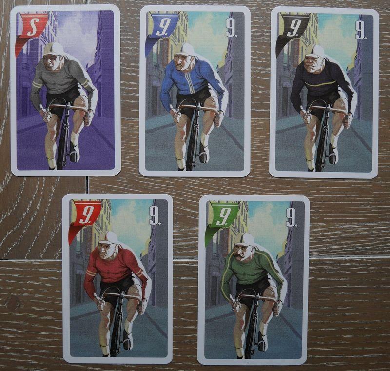 Les illustrations du dos d'une carte sprinteur et les 4 sprinteurs.