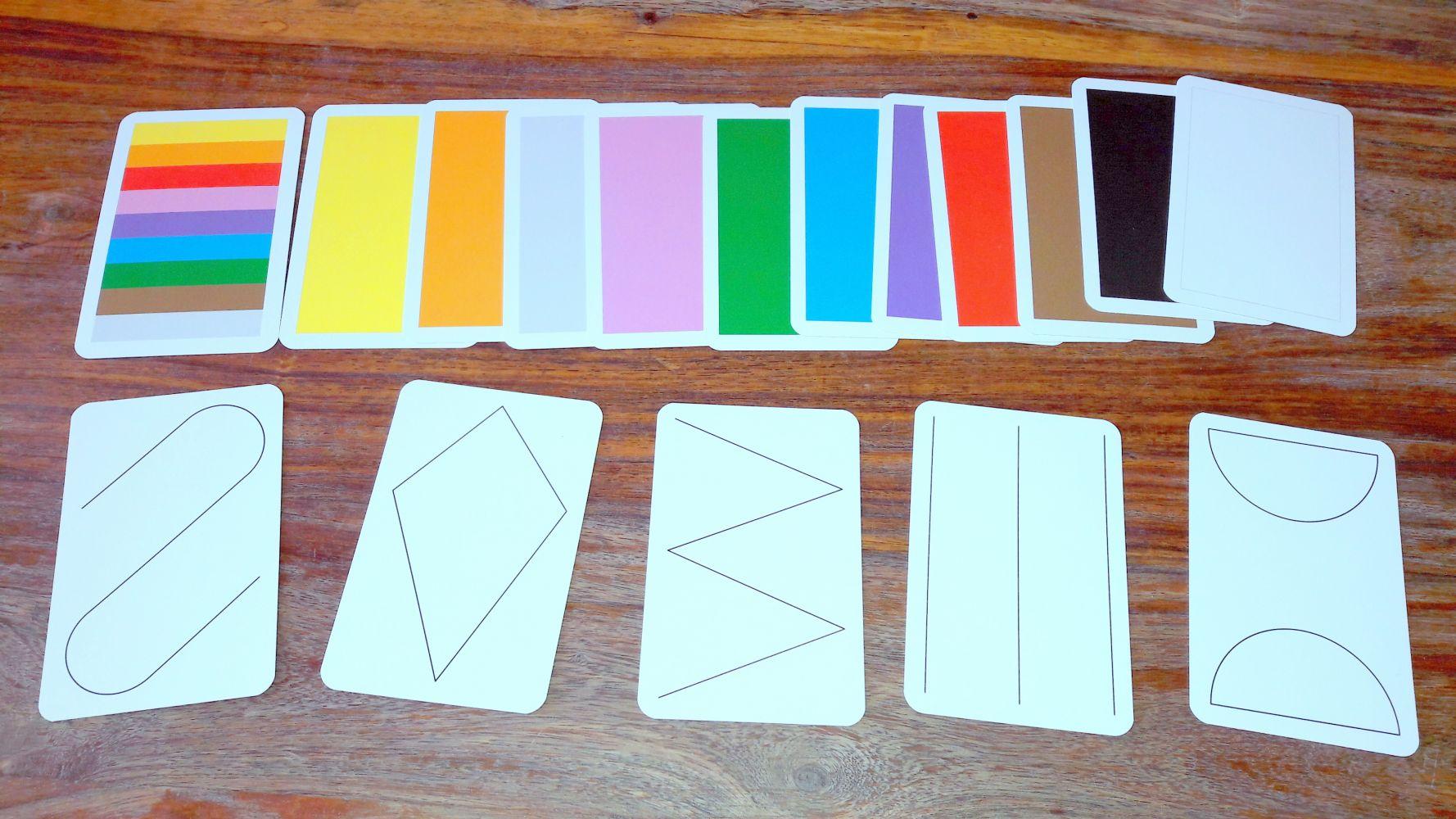 12 cartes couleur pour chaque joueur (avec un dos différent), on regrette de ne pas pouvoir y jouer à 6 !