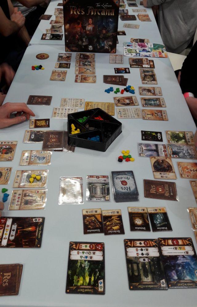 Res Arcana en configuration 4 joueurs.
