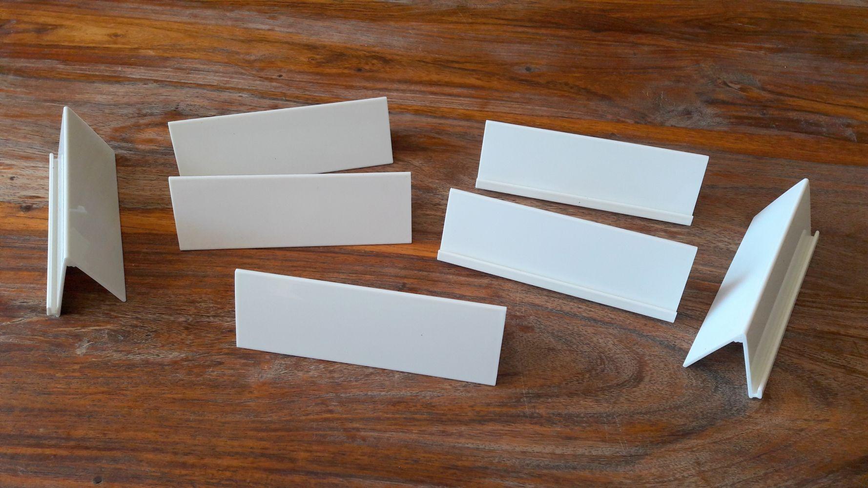 Double usage pratique et malin : à la fois porte carte et ardoise