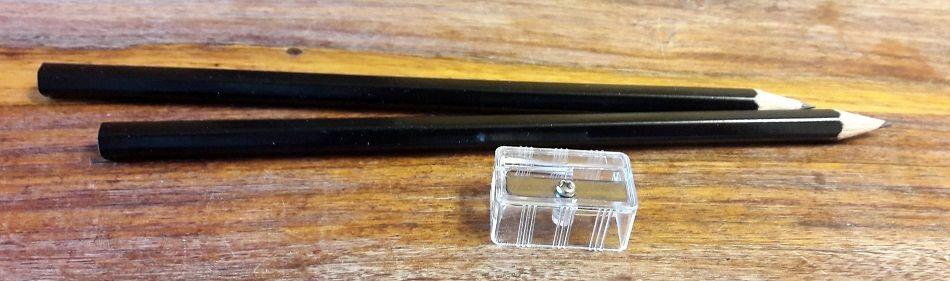 Je dois avouer avoir été fortement surpris par la présence du taille-crayon mais cela est juste super utile :)