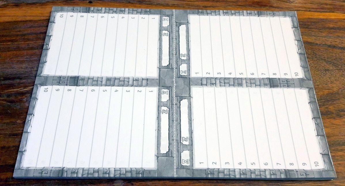 Malin le bloc de papier avec 8 listes de mots piégés pour une partie complète et la possibilité de plier au milieu pour se cacher !