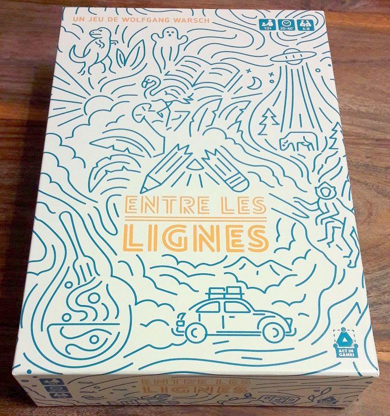 La boite a changé de couleur par rapport à l'original et l'on apprécie d'autant plus les superbes illustrations entremêlées.