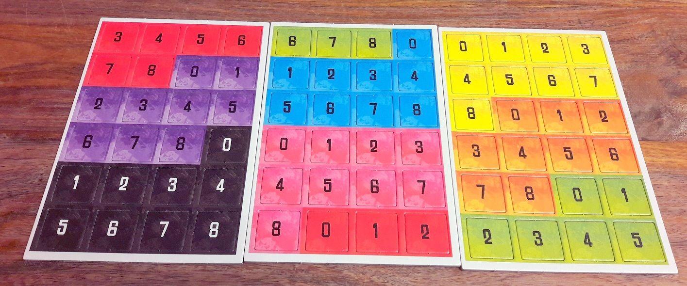 Pas mal de jetons pour que chaque joueur puisse voter et tenter de deviner le nombre de joueurs ayant mis une certaine émotion.