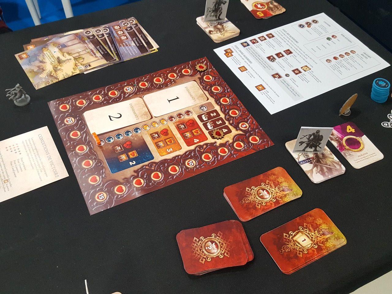 Le système de jeu Running Quest utilise des mécanismes astucieux de coopération pour 1 à 4 joueurs, confrontant les héros à une nouvelle menace dans chaque chapitre, mais cyril n'a pas du tout accroché.