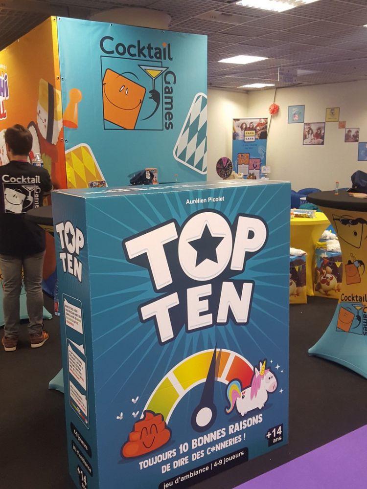 Le stand de Cocktail Games prêt à accueillir les nombreux joueurs qui vont sûrement défiler encore aujourd'hui pour jouer à Top Ten.