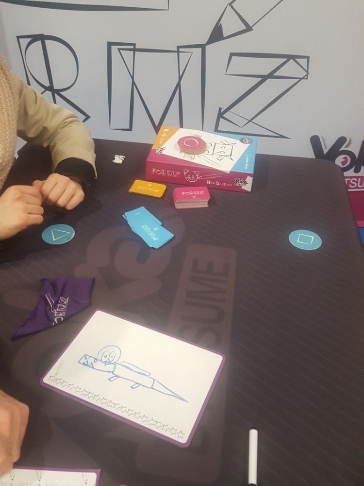 Autre nouveauté : Formz d'Anthony Perone, un jeu de dessin avec des... formes !!!
