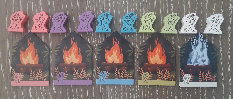 Randonneurs et feux de camps : couleurs pastels, douces … on croirait que le jeu n'est pas agressif … c'est mal le juger.