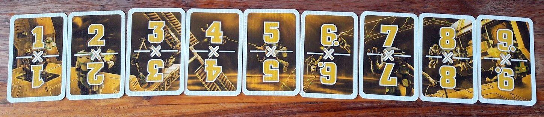 Oui j'aime bien le jaune :) Ces mini cartes serviront d'objectif durant les missions et forment aussi la même fresque !