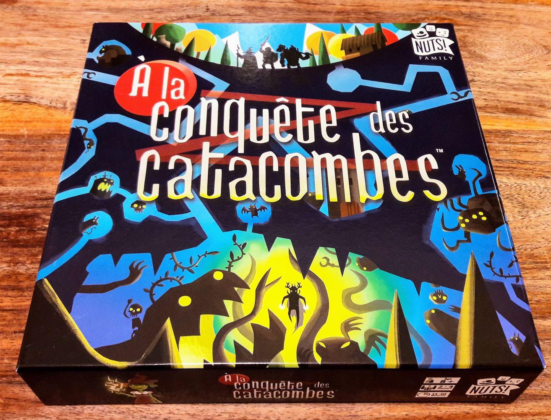 Belles illustrations avec la même patte originale et décalée que la saga Catacombs.