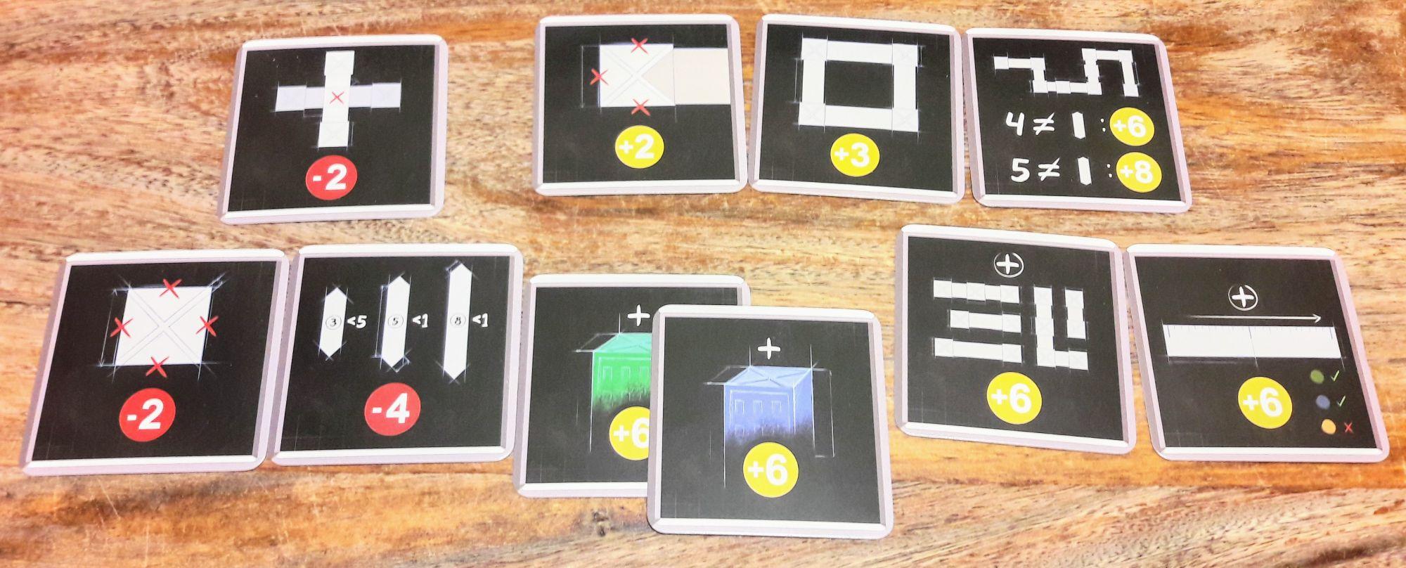 Ces cartes sont des variantes permettant de corser le jeu en donnant bonus et malus sous différentes conditions.