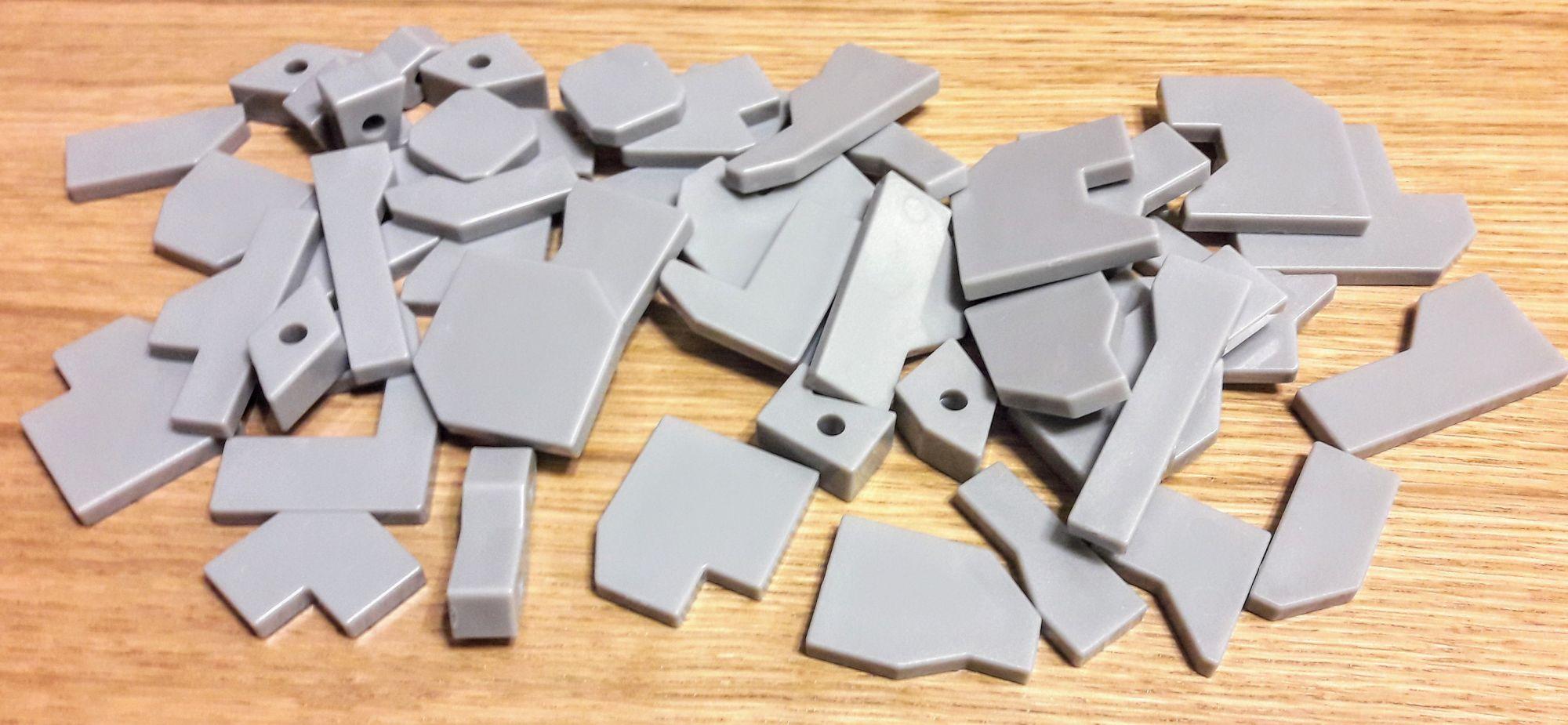 Oui ils sont en plastique mais gris alors...