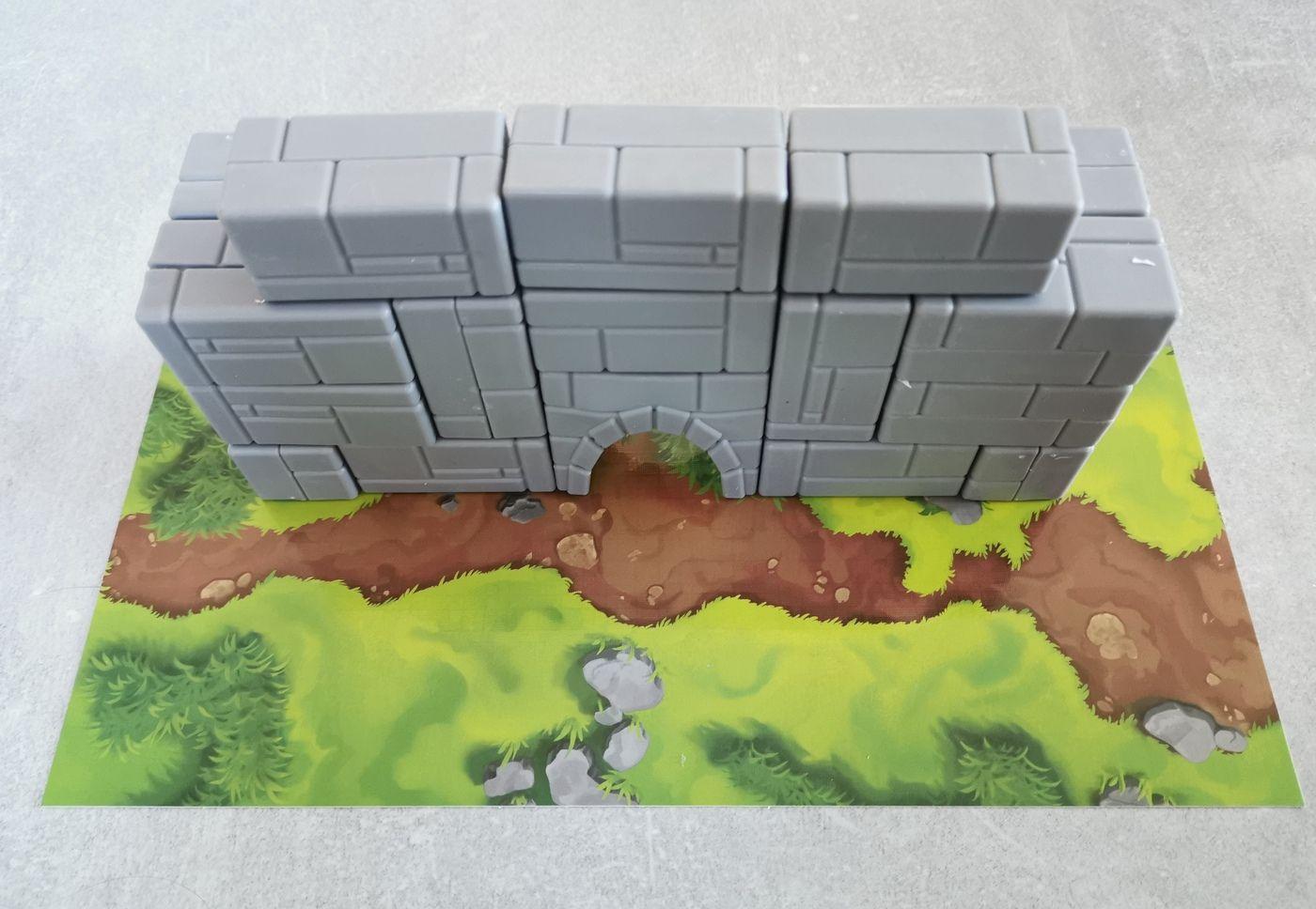 La première muraille en place