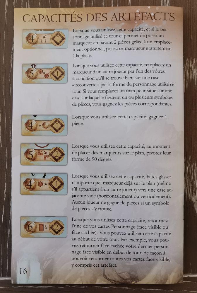 Dernière page des règles  avec le résumé de tous les pouvoirs des artefacts. Résumé indispensable