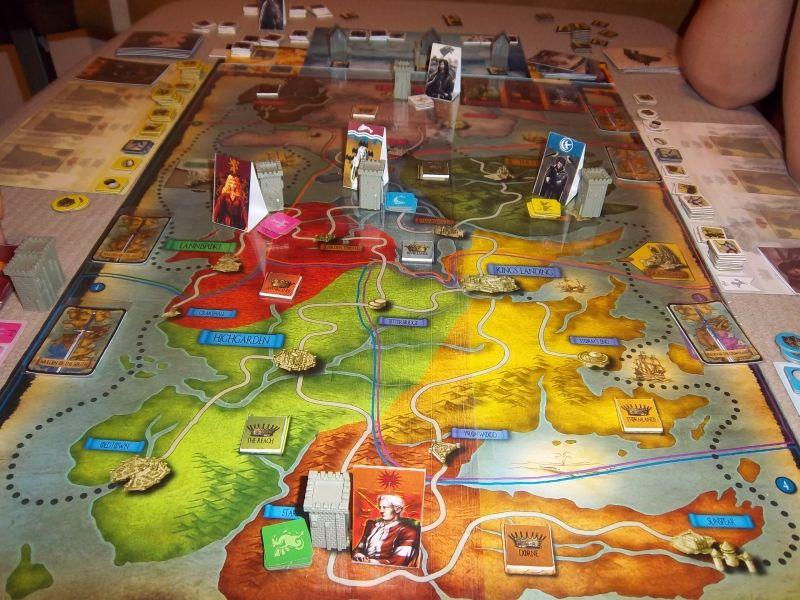 Situation de départ des 5 factions selon le choix des joueurs... vous pouvez ainsi admirer cette vue originale de Westeros.