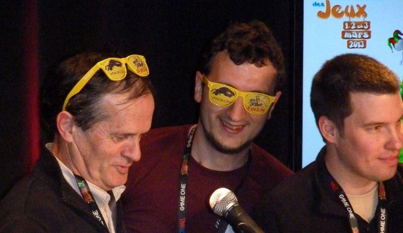 Ou avec...Ouah... ultra hype ces nouvelles lunettes ! Les dernières M&Z...