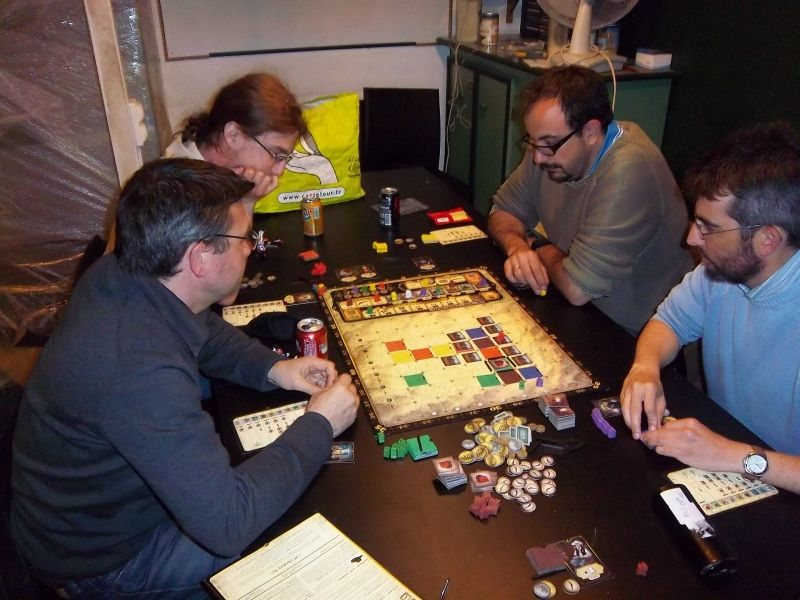 Mes adversaires d'hier soir : 4 redoutables pistoleros : Messieurs Cormyr, Plume, Thieumm, et Briac.