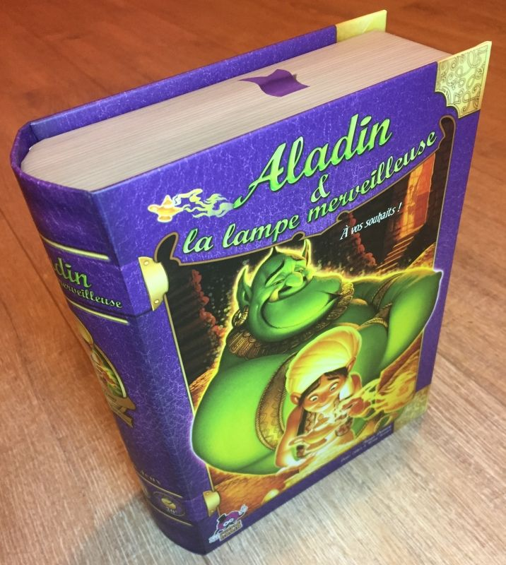 Le livre boite