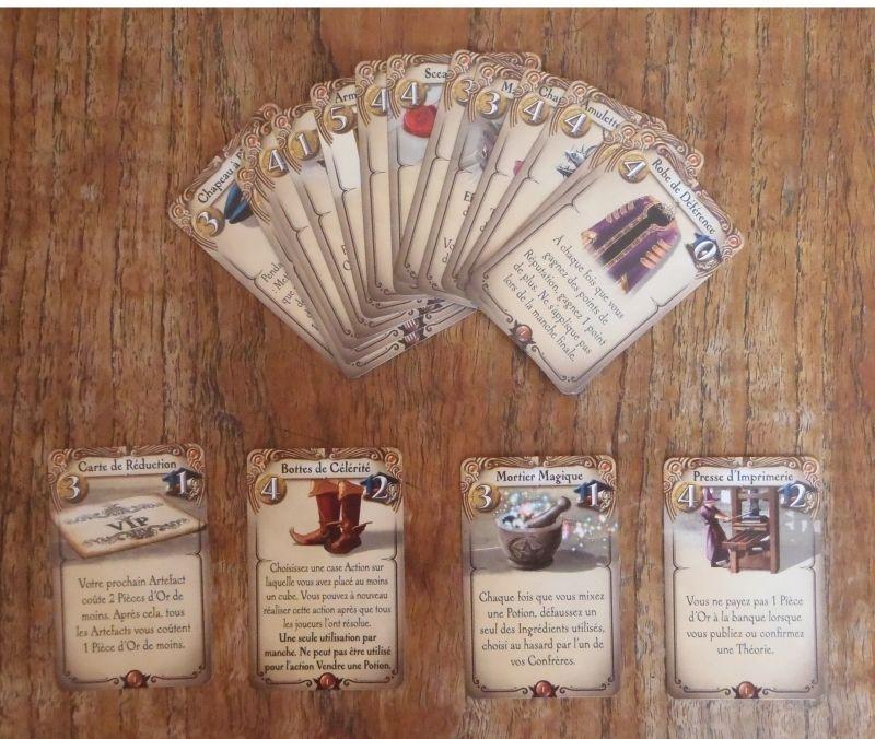 """<FONT size=""""2pt"""">Des cartes rares et chèrement aquises mais donnant de puissants avantages et des points de victoire en fin de partie.</FONT>"""