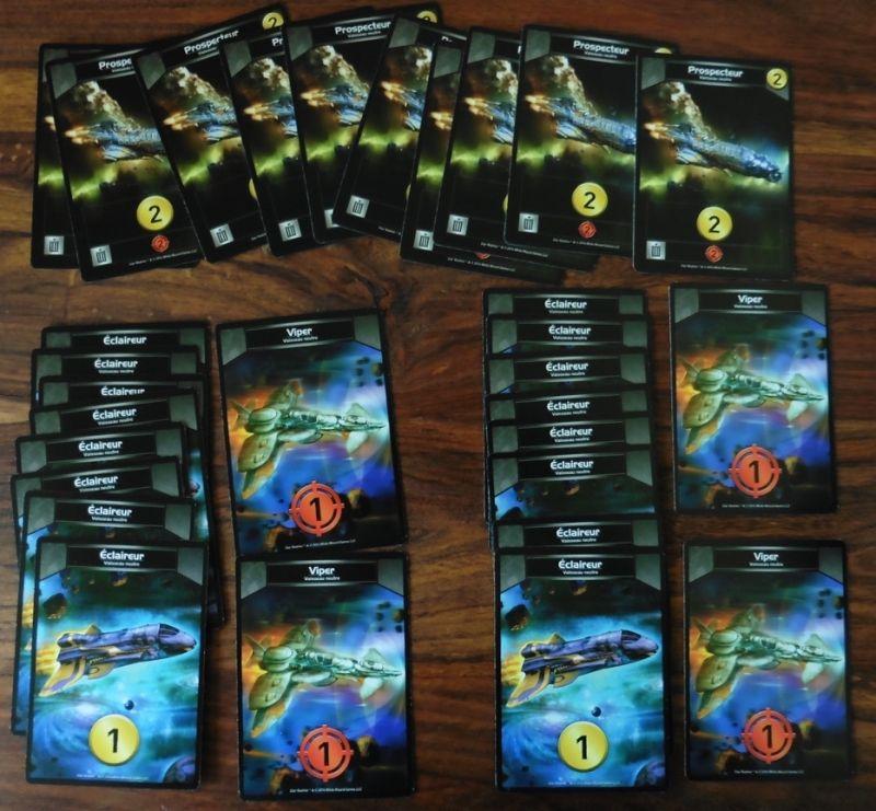 Les 2 mêmes decks de départ (8 éclaireurs et 2 vipers) et les prospecteurs toujours disponibles à l'achat !