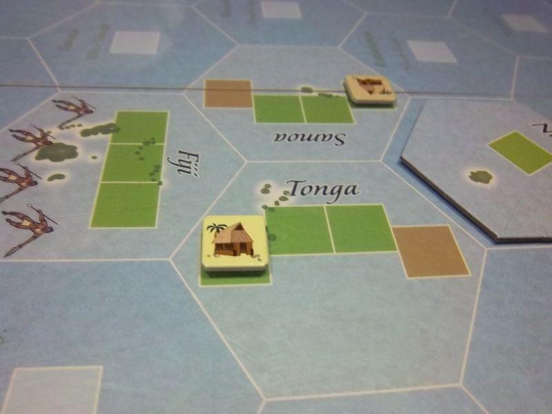 Ma base de départ, les îles Tonga. En face, les samoans de monsieur Luc. A coté, les Fidji, bien défendues...