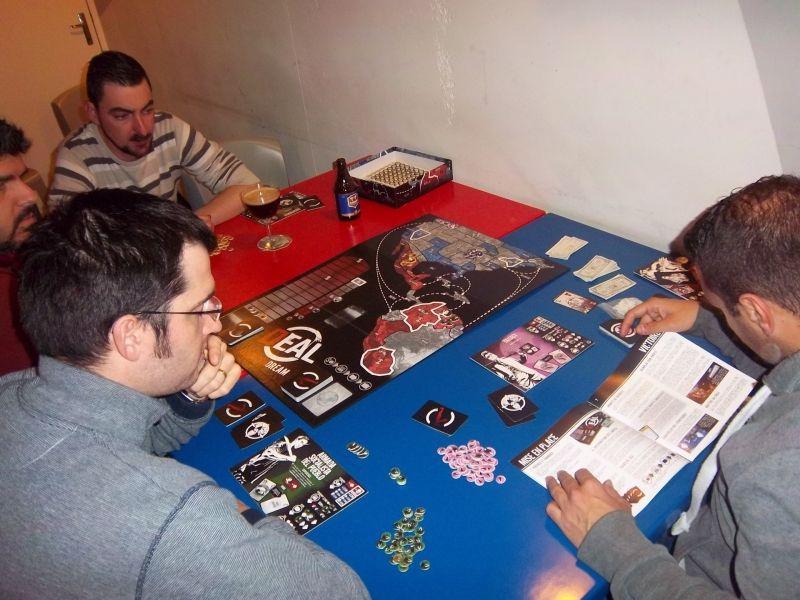 Affrontements autour du sulfureux Deal american dream... après la partie, certains des joueurs l'ont comparé au Trône de fer... intéressant.