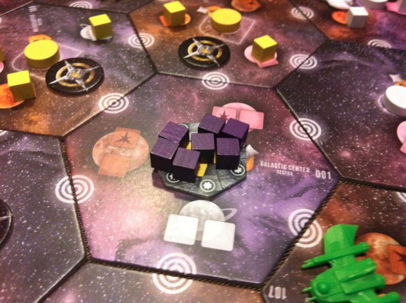 10. Fin de la bataille : la SDCG est salement touchée mais la flotte de Nico a été balayée