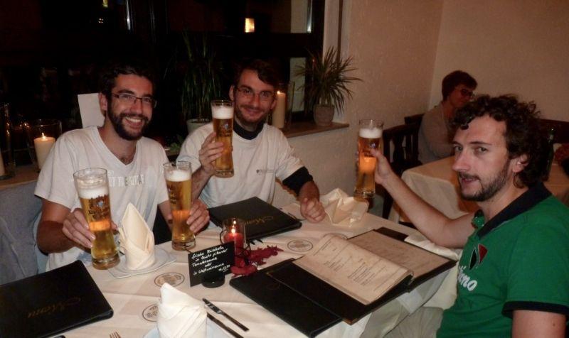 Un repos bien mérité avec de... petites bières ;)