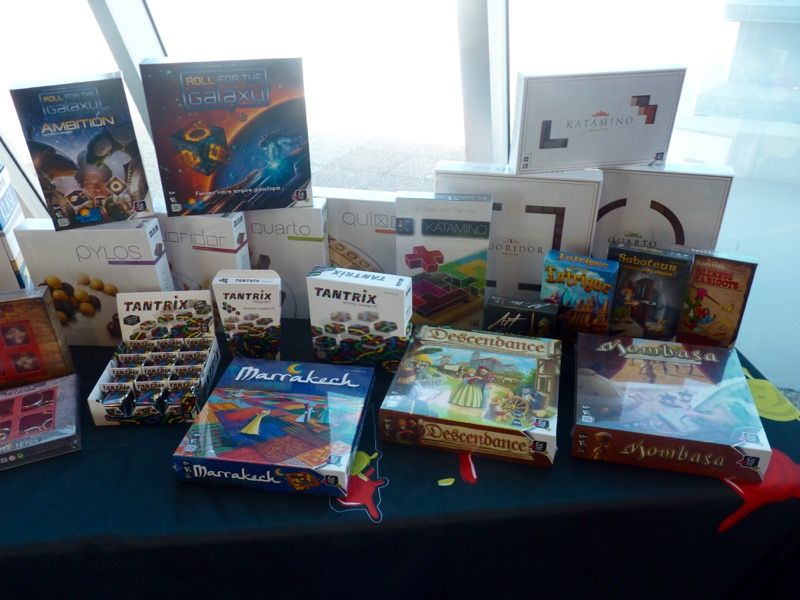 Belle mise en avant de la gamme Gigamic avec la collection des jeux en bois, les gros jeux, les jeux des éditeurs partenaires...