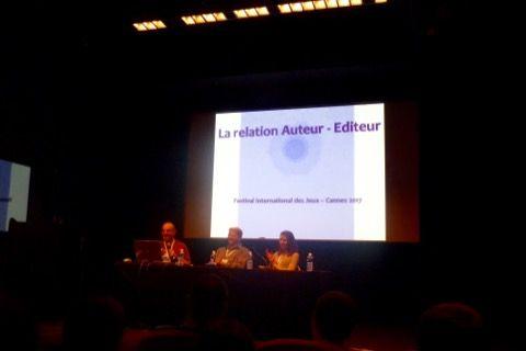 J'assiste à la conférence très intéressante sur la relation auteur éditeur dans le cadre du Proto Lab.