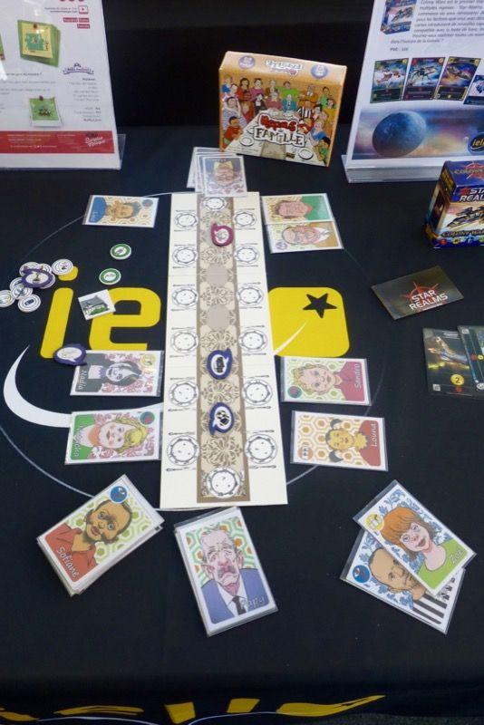 Repas de famille (WIP) un jeu de Fabien Riffaud et Juan Rodriguez (le duo des Poilus) chez Capsicum Games distribué par Iello.