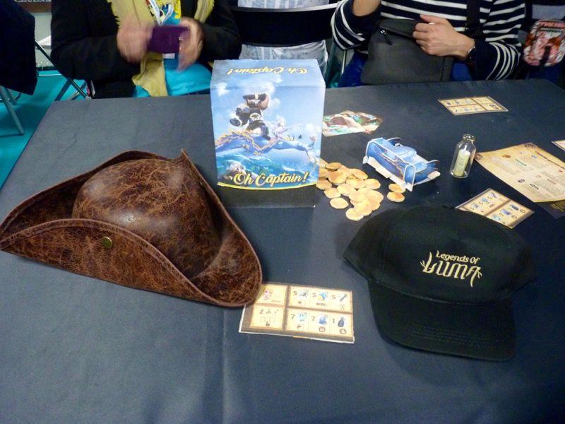 Direction le stand Ludonaute pour découvrir l'univers des légendes de Luma avec Oh Captain ! le jeu de Florian Siriex à venir.