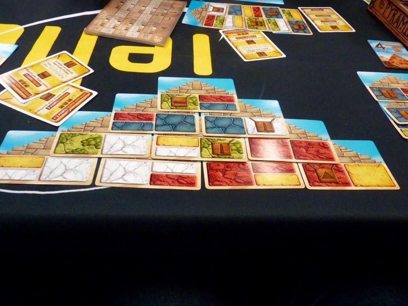 Belle partie de Pyramids, un jeu plutôt sympa à jouer des auteurs d'Elysium.