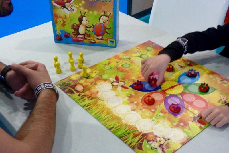 Très joli jeu bien connu des écoles maternelles...