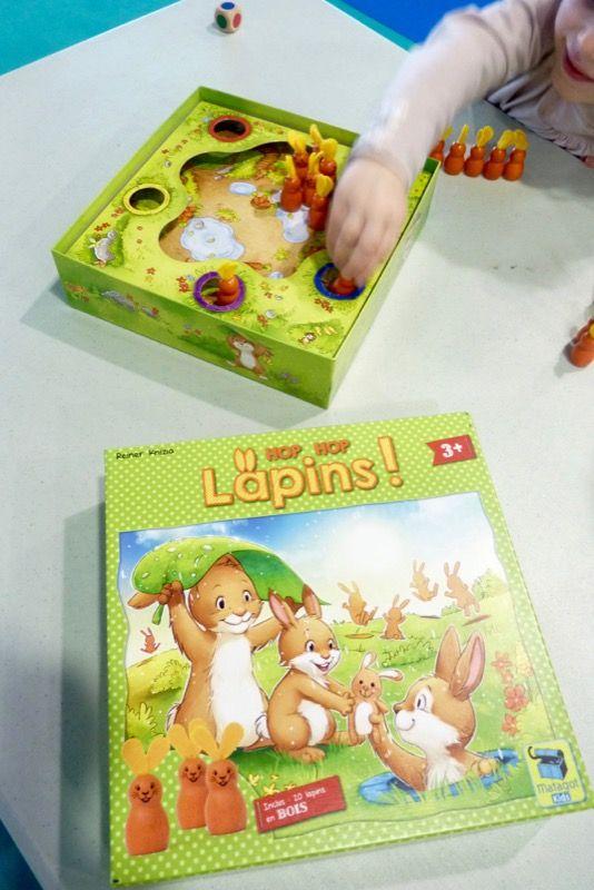 Hop Hop lapins, à partir de 3 ans, un jeu de Reiner Knizia. Her Doktor !