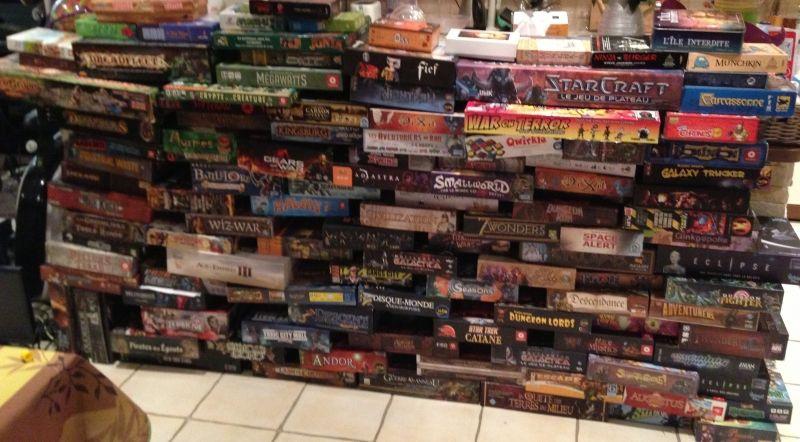 Des fois, chez les Shanouilles, on construit des murs de jeux