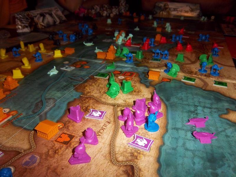 Un aperçu du plateau en cours de jeu... en vert, mes grecs...