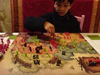 Tristan prend position au centre justement sur le passage de la Moria