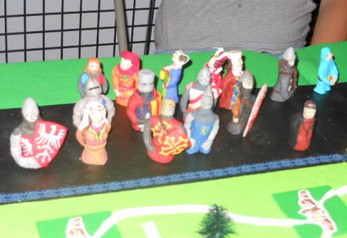 les 18 figurines