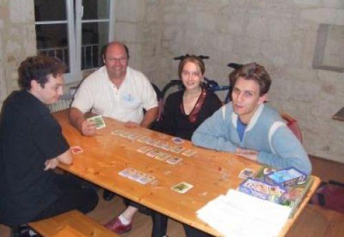 de gauche à droite, Loïc, Jean-Pierre, Annabelle et JB tous très content (je pense que la partie de FFFF y est pour quelque chose :)
